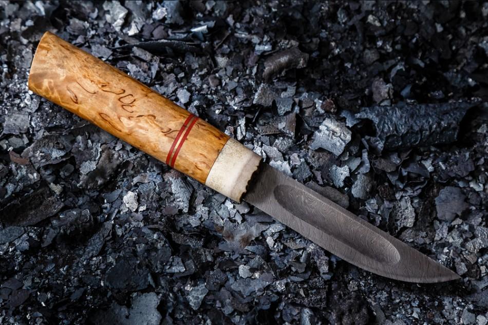 Нож Якутский средний. Дамаск, карельская береза, рог лося.